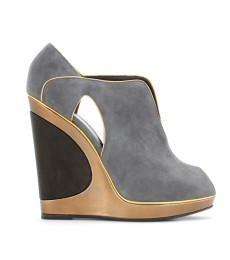Yves Saint Laurent - MAGGY 105 WEDGE ANKLE-BOOTS AUS VELOURSLEDER - mytheresa.com GmbH
